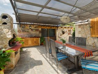 Bright Chalet with Internet Access and Dishwasher - Formentor vacation rentals