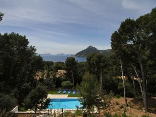 Nice 5 bedroom Formentor House with Internet Access - Formentor vacation rentals
