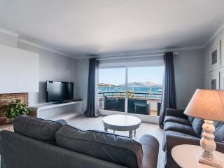 Comfortable 3 bedroom Condo in Puerto Pollensa - Puerto Pollensa vacation rentals