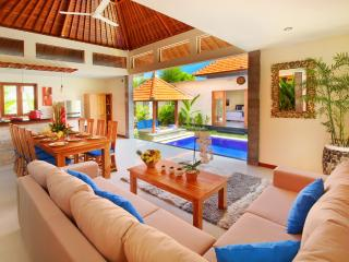 4 BR -BEACH NICOLA VILLA IN THE HEART OF SEMINYAK - Seminyak vacation rentals