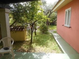 Casa con giardino Capo Comino 5posti - Capo Comino vacation rentals