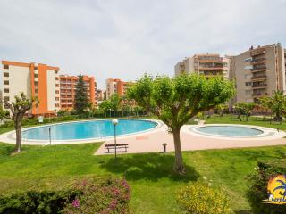 Nice 1 bedroom Apartment in Salou with Television - Salou vacation rentals