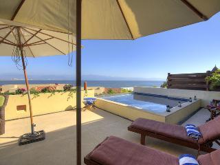 Gorgeous 3 bedroom La Cruz de Huanacaxtle Condo with Water Views - La Cruz de Huanacaxtle vacation rentals