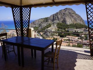 Villa Sarah - bivano - Cefalu vacation rentals