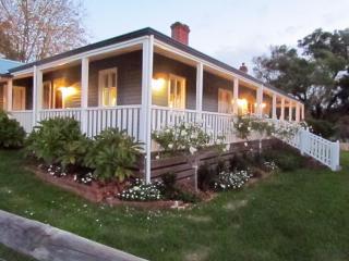 3 bedroom House with Internet Access in Bunbury - Bunbury vacation rentals
