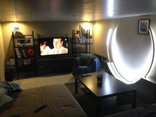 Loft calme en duplex avec place de parking privée - Pau vacation rentals