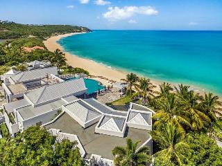 LE REVE...a magnificent, luxurious villa with private beach area & gourmet chef - Baie Rouge vacation rentals