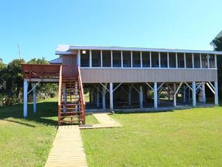 "3116 Palmetto Blvd - ""Sea Cabin"" - Edisto Beach vacation rentals"