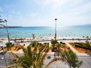 Superb Moon 4 apt with waterfront terrace. - Palma de Mallorca vacation rentals