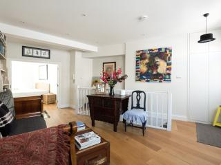 onefinestay - Kennington Road apartment - London vacation rentals