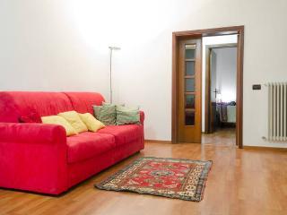Bright 2 bedroom Gavorrano Condo with Dishwasher - Gavorrano vacation rentals