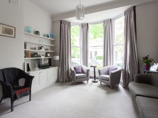 onefinestay - St Luke's Road II apartment - London vacation rentals