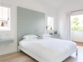 onefinestay - Electric Avenue private home - Venice Beach vacation rentals