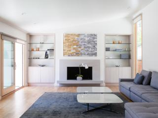 onefinestay - Saltair Avenue private home - Westwood  Los Angeles County vacation rentals