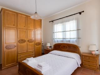 Lovely Villa with Dishwasher and Stove - Akrotiri vacation rentals