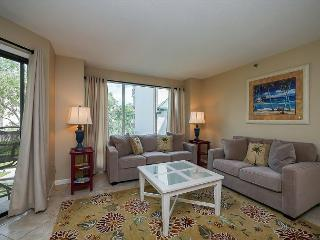 3221 Villamare - Sunny & Bright 2nd Floor Courtyard View Villa. Sleeps 8 - Hilton Head vacation rentals