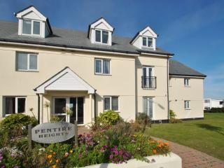 Nice House with Internet Access and DVD Player - Newquay vacation rentals