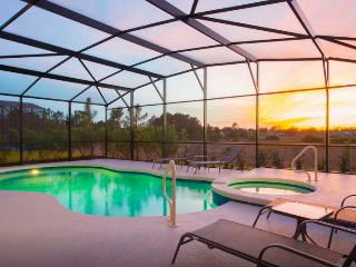 Gorgeous House with Internet Access and A/C - Davenport vacation rentals