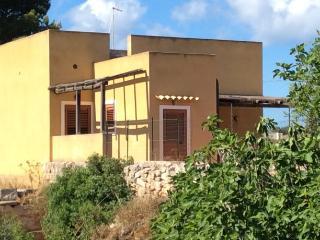 Cozy 3 bedroom House in Favignana - Favignana vacation rentals