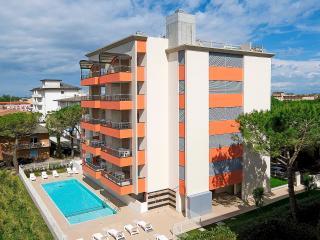 Romantic 1 bedroom Bibione Pineda Apartment with Dishwasher - Bibione Pineda vacation rentals
