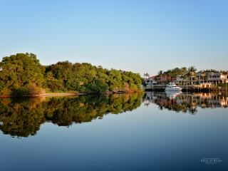 """WATERFRONT """" The Osprey """" Boat dockage available - Juno Beach vacation rentals"""