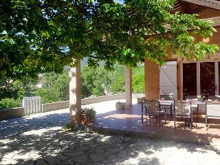 3 bedroom Villa in Cavalaire, Cote d'Azur, France : ref 2015292 - Cavalaire-Sur-Mer vacation rentals
