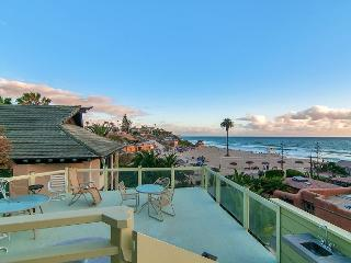 Oceanview Moonlight Beach Home in Encinitas – Rooftop Deck, Near - Encinitas vacation rentals