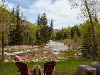Private 1BR Snowmass Cottage on the Roaring Fork River - Snowmass vacation rentals