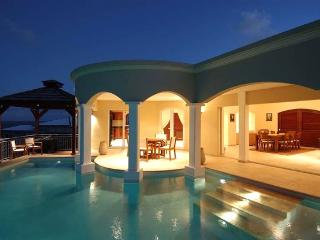 Ideal for Couples & Groups, Walk to Dawn Beach & Restaurants, Private Pool - Dawn Beach vacation rentals