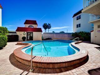 Sereno Del Sol 207 Sereno Del Sol 2 Bedroom 2 Bath Condo with Beach Access and - Belleair Beach vacation rentals