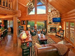 MOUNTAINTOP PARADISE - Paradise in the Smokies! One-of-a-Kind Luxury Cabin with Majestic Views! - Sevierville vacation rentals