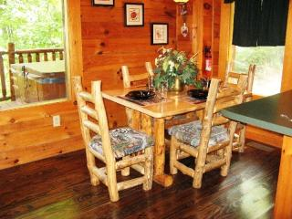 2 bedroom Cabin with Deck in Sevierville - Sevierville vacation rentals