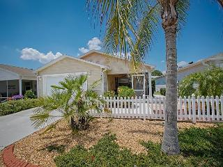 Patio Villa in Duval with complimentary golf cart - The Villages vacation rentals