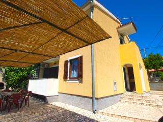 House 9452 - Premantura vacation rentals