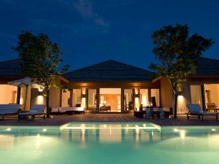 Cozy 3 bedroom Parrot Cay Villa with Internet Access - Parrot Cay vacation rentals