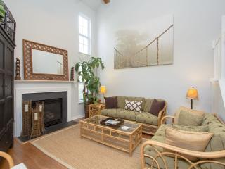 Comfortable Townhouse with Internet Access and Shared Outdoor Pool - Charleston vacation rentals