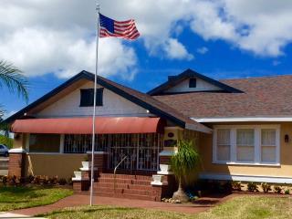 New Smyrna Beach Inn - New Smyrna Beach vacation rentals