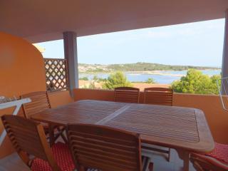 2 bedroom Apartment with Long Term Rentals Allowed (over 1 Month) in Capo Coda Cavallo - Capo Coda Cavallo vacation rentals
