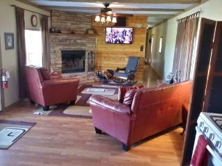 Nice House with Hot Tub and Wireless Internet - Ruidoso vacation rentals