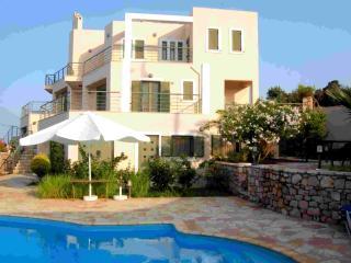 Villa Louisa - 2 bedroom apartment - Monemvasia vacation rentals