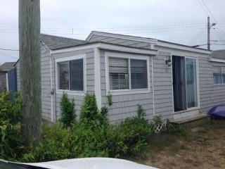 3 Bdrm. Cottage in cottage colony on Private Beach - Dennis vacation rentals