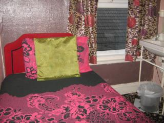argon guest house    rm6 - Blackpool vacation rentals
