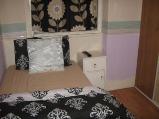 argon guest house    rm1 - Blackpool vacation rentals