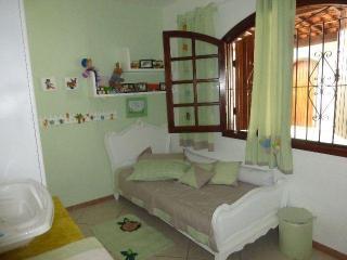 Alugo apartamento mobliliado para turistas . - Araruama vacation rentals