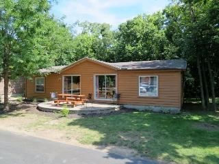 Island Vacation Home at Island Club - Sleeps 8 Comfortably in 3 BR w/ 2 BA - Put in Bay vacation rentals