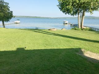 Memo's Treasure on Lake Leelanau - Cedar vacation rentals
