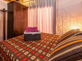 Cozy 1 bedroom Condo in Pobleta de Bellvehi - Pobleta de Bellvehi vacation rentals