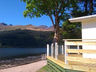 Ardmay, Arrochar, stunning lochside location - Arrochar vacation rentals