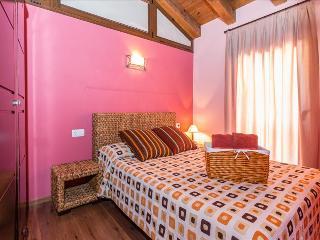 Nice Condo with Internet Access and Toaster - Pobleta de Bellvehi vacation rentals