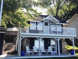 **NEW LISTING** Sunset Loon Cottage on Prior Lake - Prior Lake vacation rentals